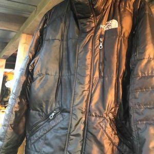 Black men's size small The North Face 550 jacet